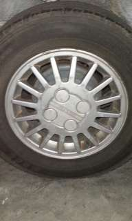 Nissan Sentra B13  OEM Mags
