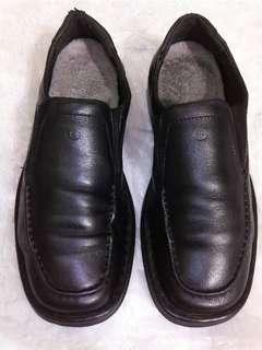 Sepatu Josef Seibel