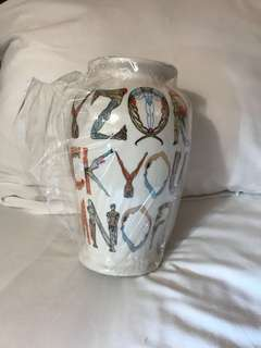 Supreme vase 花樽花瓶