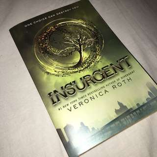 Veronica Roth — Insurgent