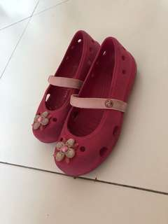 Original Crocs girl shoes