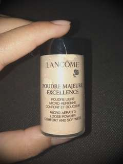 Poudre majeure excellence loose powder
