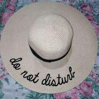 SUMMER HAT . DO NOT DISTURB