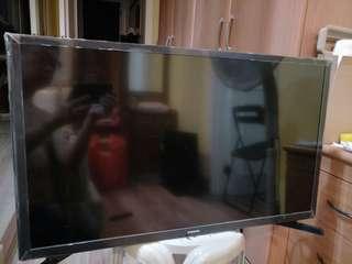 samsung 32' TV