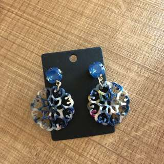 Elegant marble pattern acrylic drop earrings blue