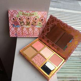 Benefit Blush Bar Palette - Blusher and Highlighter for Cheeks