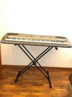 Casio LK-80 Electronic Keyboard (Key lighting system)