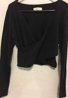 Abercrombie & Fitch Long Sleeve Wrap Front Crop Top