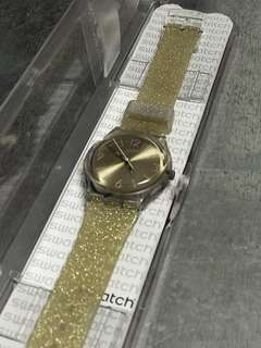 Swatch Golden Glitter