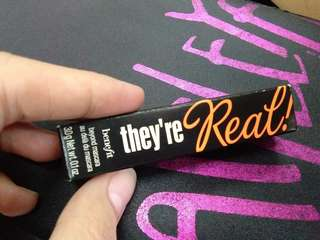 Benefit 'they're real'MASCARA