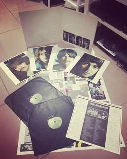 The Beatles White Album 2 Vinyl Records Set Complete