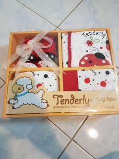 Pureen Baby Gift Set