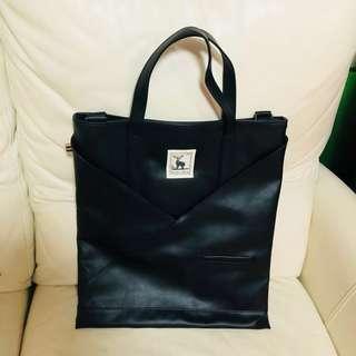Regency buck black IT Bag 日本購入真皮黑色文青型格工事包電腦袋斜咩手提兩用