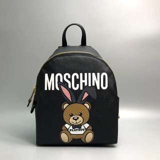 Moschino Playboy Backpack Size:31 x 24 x 14 cm 售門店 HKD 6XXX With 塵袋 Real and New