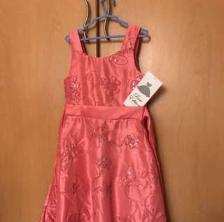 Pink dress with sequins (8Y)