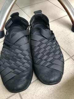 🚚 Women's Nike Roshe Run Woven 2.0 Black Anthracite