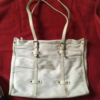 Carpisa White Shoulder Bag