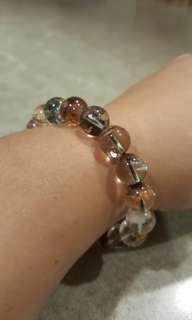 Phantom quartz bead