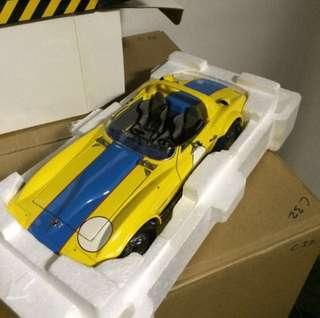 1/18 Exoto. Corvette Grand Sport. Yellow/Blue.