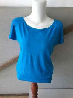 T shirt light blue