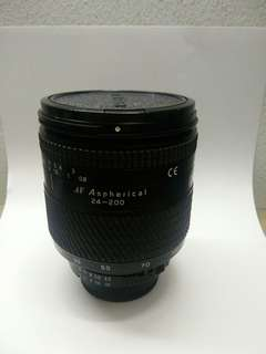 Tokina 24-200mm nikon mount