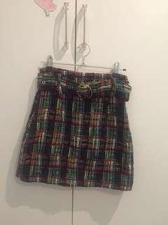 Green checked skirt w belt