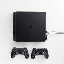Looking for PS4 SLIM 1TB, 1or2 Ds4v2 w/ or w/o games