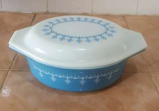 pyrex blue snowflakes garland oval casserole bowl