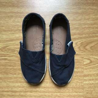 Toms navy blue shoes Size T11
