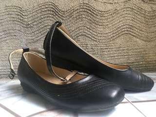 Black Shoes (Mario D'boro)