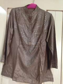 Blouse bling-bling