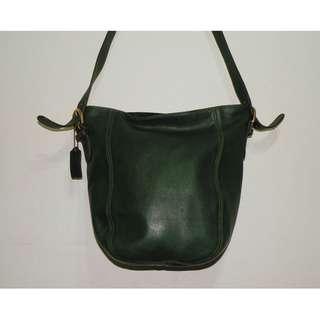 Coach vintage green 綠色皮革中型水桶包 (二手 小傷)