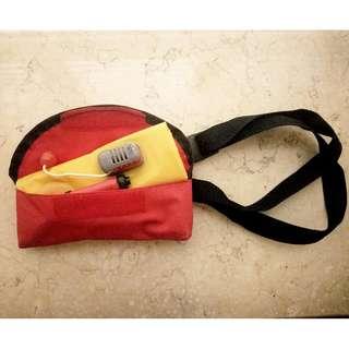沖氣水泡連安全帶及腰包