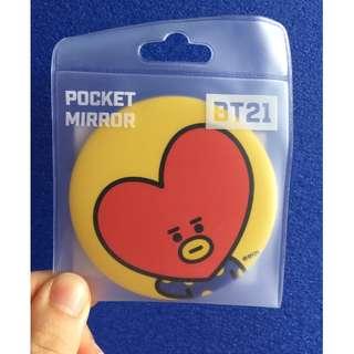 ready stock: Official BT21 Tata pocket mirror