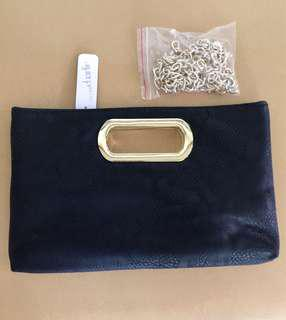 BNWT & pAUTHENTIC CHARMING CHARLIE CLUTCH WITH CHAIN STRAP