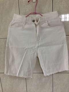 🚚 素白色短褲