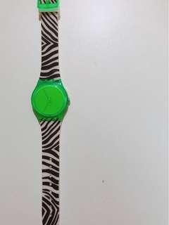 Swatch 手錶 營光綠色 黑白斑馬紋