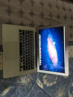 "Macbook Air 13"" - Mid 2011"