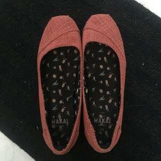 Wakai flat shoes