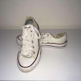 white converse low top all star