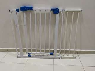 Baby Safety Gate with 1 extension