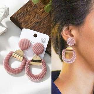 Anting earrings aksesoris powder makeup lipblam skincare sephora etude mac