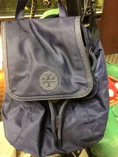 Tory Burch backpack 9成新 購自德國kadewe 百貨25  x 25 x 15cm