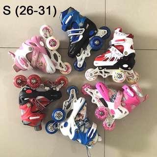 Sepatu roda inline skate