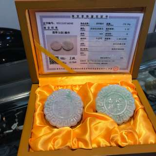🚚 紫羅蘭春帶彩 收藏品附錦盒證書 18000