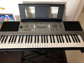 Yamaha PSR-E353 Digital Keyboard