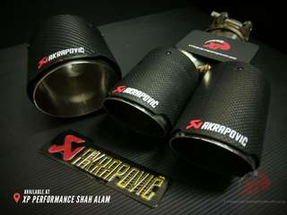 Akrapovic Exhaust Tip 2.5' inlet and 4' outlet SINGLE TIP pure carbon fiber