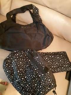 AGNES B 黑色媽媽袋 (底部有暗間,附BB換片墊及小手袋)