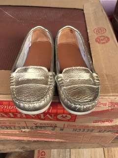 Loafers size 27
