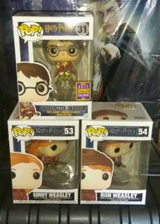 [PRE-ORDER] Harry Potter, Ron Weasley & Ginny Weasley on Quidditch Broom Funko Pop Bundle